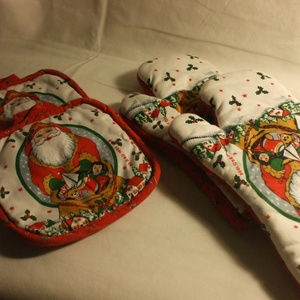 Holiday Pot Holders & Oven Mitts Cambridge Kitchen
